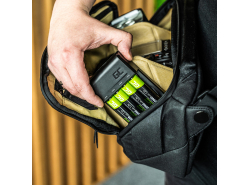 Sada nabíjačky Green Cell GC VitalCharger na batérie a 4x AAA Ni-MH 800mAh